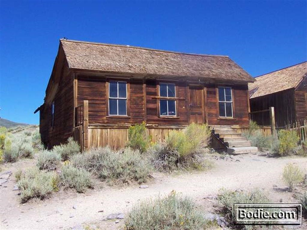 Donnelly House - 2002 | Bodie.com