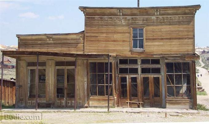 Wheaton and Hollis Hotel and Bodie Store - 2001